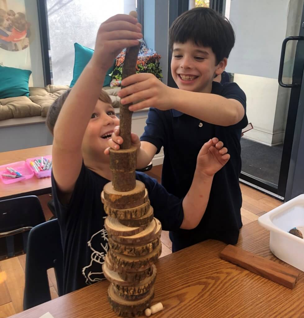 Shorashim (1st graders) building a tower